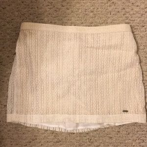 HOLLISTER Cream quilted pattern Skirt